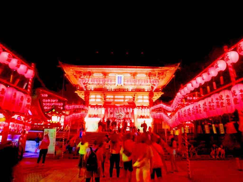 the-rōmon-gate-in-the-dark