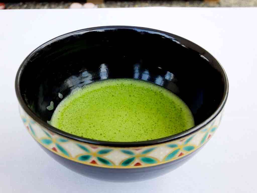 the-matcha-green-tea-and-a-maiko