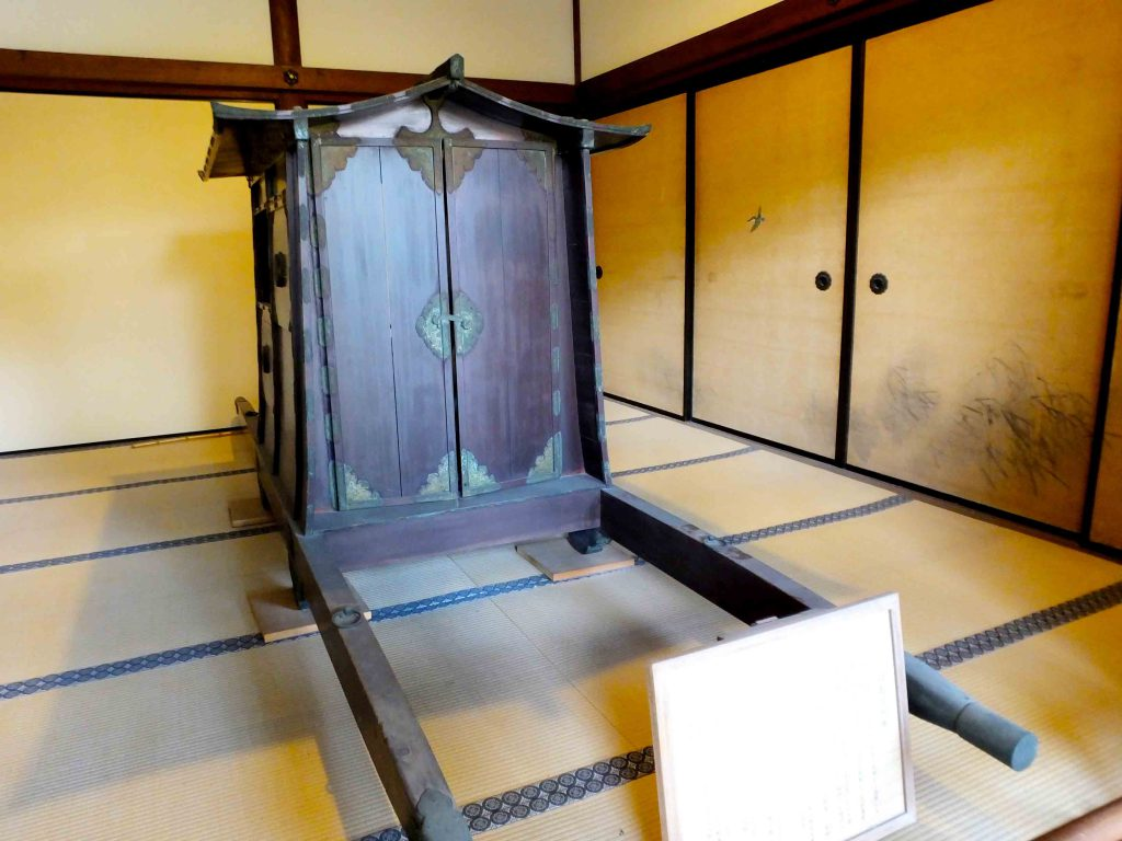 the rooms of the hojo