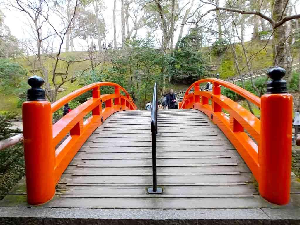 ume-blossoms-and-Uguisu-Bridge2
