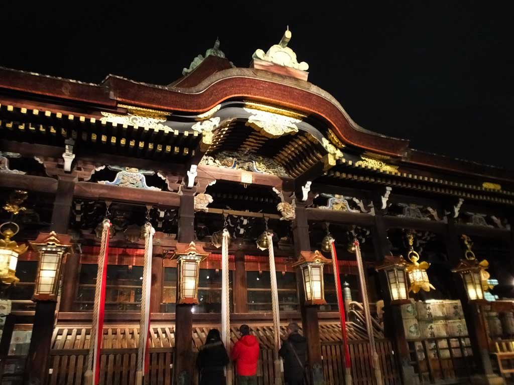 the shrine in the evening5
