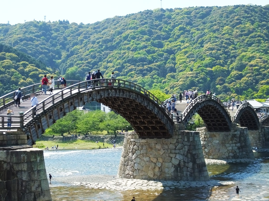 Kintai Bridge and 7 Interesting Places in the Area (Iwakuni City