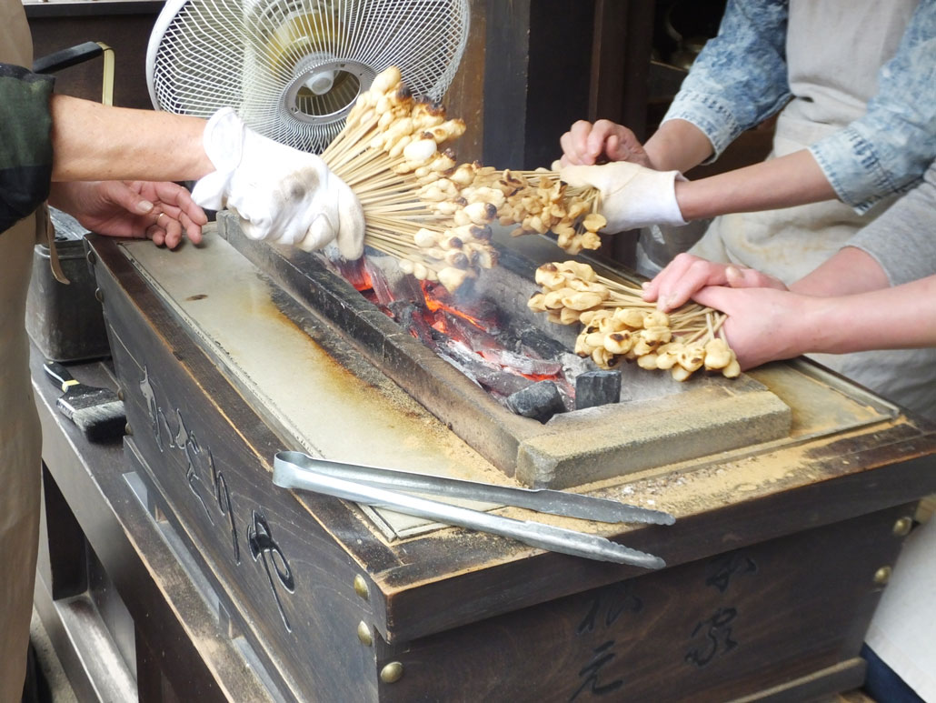 how the aburi-mochi are made2